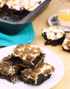 These are only 34 calories each!!! Rich, chocolatey s'mores brownies with a wonderful buttery crust and topped with perfectly toasted marshmallows. THIRTY FOUR CALORIES.