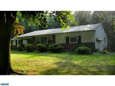 228 Foxcroft Rd Broomall, PA 19008 home for sale Delaware County.  For more information click here: http://www.anthonydidonato.net/wordpress/2014/04/04/228-foxcroft-rd-broomall-pa-19008-home-sale-delaware-county/ Please Contact Me for more information about this home for sale at 228 Foxcroft Rd Broomall, PA 19008 in Delaware County and other Homes for sale in Delaware County PA and the Wilmington Delaware Areas:  Anthony DiDonato Cell Number: (610) 659-3999 Email: anthonydidonato@gmail.com