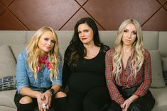 Country's Fierce Supergroup Pistol Annies Returns, Humor Intact (and Baby on the Way) - The New York Times Country Music Artists, Country Music Stars, New York Times Arts, Ny Times, Ashley Monroe, Pistol Annies, World News Today, Learn To Run, Miranda Lambert