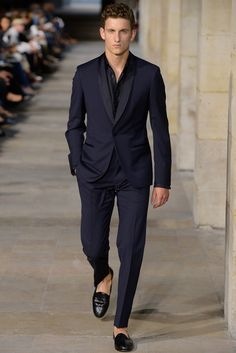 When black simply wont do, try dashing dark blue! Shawl collar dinner suit @ Hermes SS13 Paul