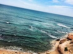 Sitting on this cliff with an iced coffee not bad at all | Lau Rago | VSCO Grid®