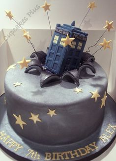 Doctor Who Tardis cake.