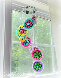 Pretty DIY Flower Suncatcher- a fun Spring project!