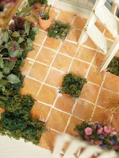 Good use of miniature tiles