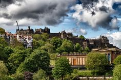 Edinburgh Castle from the top of a bus Edinburgh Castle, Hdr, Mansions, House Styles, Photography, Home Decor, Palaces, Castles, Photograph