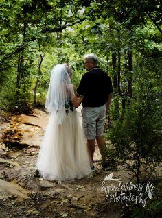 Beyond Ordinary Life Photography, Jenny & Chris, Turkey Mountain Wedding, Tulsa Woods Wedding, Tulsa Wedding in the woods, Oklahoma Wedding in the woods, Okie Wedding, Wedding outdoors