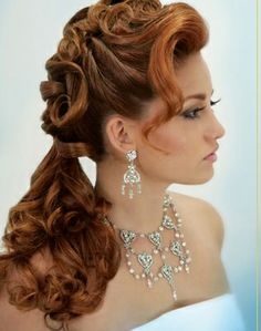 Love this! Wish my hair was long again so I could try this style.