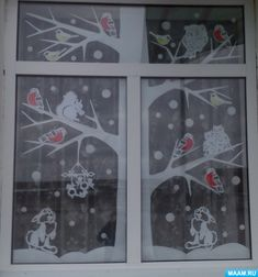 Childrens Christmas, Christmas Sewing, Christmas Embroidery, Christmas Crafts For Kids, Christmas Diy, Paper Christmas Decorations, Christmas Window Display, Winter Art Projects, Christmas Interiors