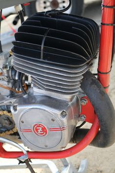 OldMotoDude: CZ Motocrosser at the Rocky Mountain Vintage MX -- Berthoud, Co Retro Motorcycle, Vintage Motocross, Vintage Motorcycles, Cars And Motorcycles, Classic Motorcycle, Motorcycle Engine, Ex Machina, Dirt Bikes, Mx Bikes