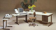 Geschichte 1980 - 2000 Office Desk, Corner Desk, Furniture, Home Decor, History, Corner Table, Desk Office, Desk, Room Decor