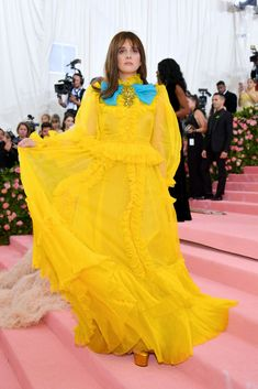 Hari Nef attends The 2019 Met Gala Celebrating Camp: Notes on Fashion at Metropolitan Museum of Art on May 2019 in New York City. Get premium, high resolution news photos at Getty Images Hari Nef, Androgynous, Metropolitan Museum, Yellow Dress, City Photo, Nyc, Notes, Meet, York