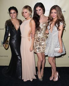 Sarah Hyland, Selena Gomez, Ashley Tisdale, Vanessa Hudgens // Golden Globes 2013 After Party