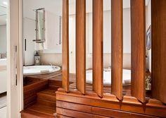 fechamento de janela com madeira rustica - Pesquisa Google