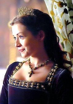 """ ❁ "" I know of no Queen of England, save my mother. And I will accept no other queen, except my mother "" "" Mary I Of England, Queen Of England, Anne Of Cleves, Anne Boleyn, Los Tudor, The Tudors Tv Show, Tudor Costumes, Period Costumes, Renaissance"
