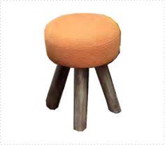 Taburete Ngale de nylon y madera, un complemento fantástico para tu hogar.