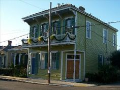 Artist Penthouse in Irish Channel 1 Block from Garden DistrictVacation Rental in New Orleans