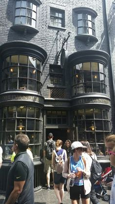 The Wizarding World Of Harry Potter - Diagon Alley Harry Potter Diagon Alley, Us Travel, Hogwarts, March, Street View, Shop, Mac, Store