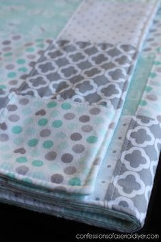 Easy to make quilt...I love these colors! More