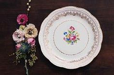 Golden Collection Dinner Plate for RENT from Dish Wish
