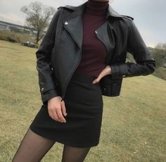 Find images and videos about fashion, style and outfit on We Heart It - the app to get lost in what you love. Edgy Outfits, Korean Outfits, Grunge Outfits, Classy Outfits, New Outfits, Cool Outfits, Fashion Outfits, Ulzzang Fashion, Korean Fashion