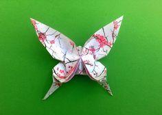 Schmetterlinge basteln: Bildanleitung