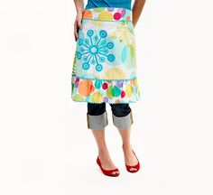 Easy-Sew Apron. I have a whole bunch of the main fabric in this pic. Might have to make one!