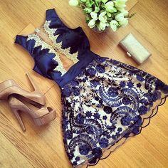 2015 hot summer sale bonito das mulheres a - linha vestido show fina azul rendas vestido de moda sexy sem mangas o pescoço mini vestidos