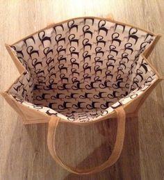 Mooie binnenkant voor een AH tas, met patroon en uitleg! http://naaistomake.be