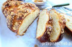 Chałka z kruszonką - przepisnachleb.pl Bread Rolls, Banana Bread, Breads, Sweet Treats, Baking, Desserts, Recipes, Food, Tailgate Desserts