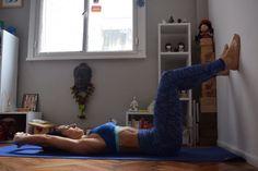 Realiza estas posturas de Yoga siempre y cuando no te generen dolor, y en lo posible, con la guía de un profesor.