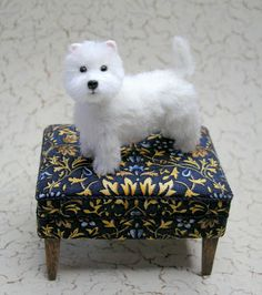 1: 12 Scale Dollhouse Miniature Westie Dog