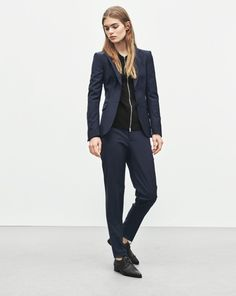 Eve Cool Wool Jacket - Sharp and feminine. Fiona - Loose and Relaxed.