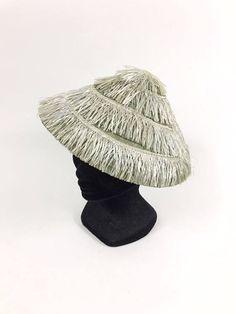 Vintage 1940s 1950s raffia straw Asian style wide brim cone