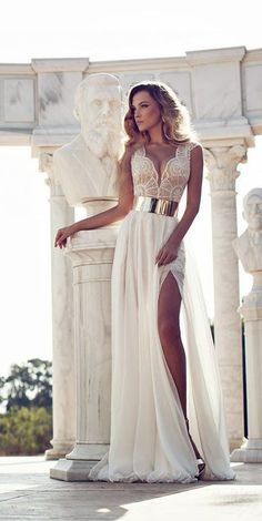 All we know is this flowing white lace dress is gorgeous! What would be an occasion youd wear this to? #gown