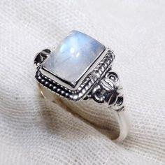 Handmade Gift yourself Rainbow Moonstone Ring, Moonstone Ring, Rainbow Ring, Handmade Ring, Desinger Ring  #RainbowMoonstoneRing #StackRings #DelicateRings #MoonstoneRings #RainbowMoonstone #HandmadeRings #Handmade #EtsyFinds #Etsy www.cosmocrafter.com