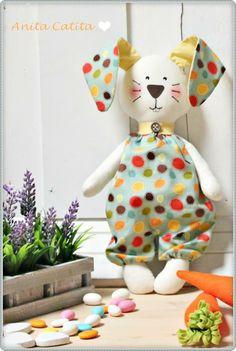 easter rabbit <3  https://www.facebook.com/anitacatita.pt?ref=br_rs
