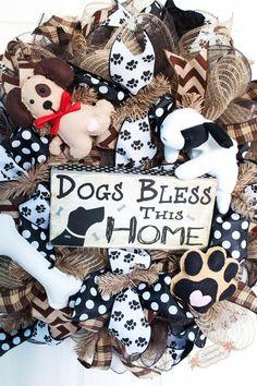 24 Dog Deco Mesh Wreath Dog Lovers Wreath by SplendidHomecrafts