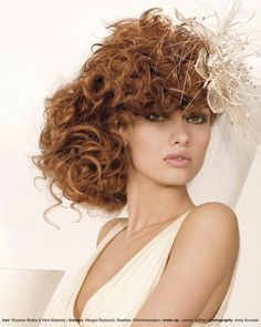 If you have ultra-long hair, you won't miss the romantic curls. Romantic curls can be worn by brides, bride maids and other distinguished guests. The hair can bring a romantic and pretty look, so. Curly Wedding Hair, Bridal Hair, Romantic Curls, Big Curls, Mid Length Hair, Bride Hairstyles, Big Hair, Gorgeous Hair, Hair Pieces