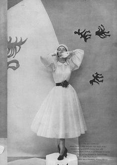 April Vogue 1949    Jean Patchett by Cecil Beaton