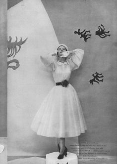 April Vogue 1949    Jean Patchett by Cecil Beaton