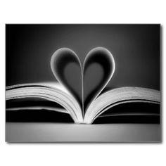 Photographie de livre de coeur cartes postales