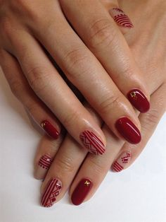 abisuke - dark red pattern nail - Nail Art Gallery