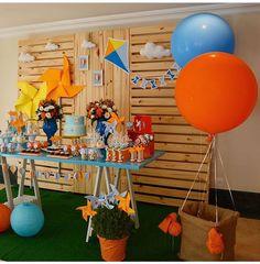 P Race Car Birthday, Baby Boy Birthday, Third Birthday, Kite Party, Decoracion Baby Shower Niña, Travel Baby Showers, Baby Shower Niño, Bar Set Up, Ideas Para Fiestas