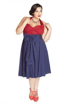 Domino Dollhouse - Plus Size Clothing: Bow Baby Skirt in Navy. Pair it with a white button down and a cardigan. The cut of this dress is fabulous. Fat Girl Fashion, Ladies Fashion, Plus Size Dresses, Plus Size Outfits, Vintage Inspired Fashion, Vintage Fashion, Dress Outfits, Fashion Outfits, Baby Skirt