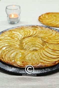 Tarte fine aux pommes Apple Recipes, Sweet Recipes, Desserts With Biscuits, Tarte Fine, Culinary Arts, Brunch, Dessert Recipes, Food And Drink, Pie