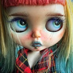 Staring at the daylight and waiting for the moon night. #blythe #blythedoll #customdoll  #neoblythe #customblythedoll #Etsy #anotherblythe #anotherblythecustom  #instablythe