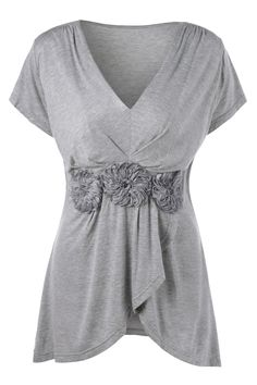 $15.72 Plus Size Stereo Flower Overlap T-Shirt - Gray