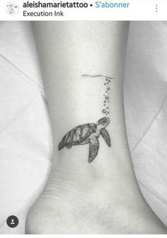 Ideas Drawing Animals Tattoo Ideas is part of Tiny tattoos For Women - Tiny tattoos For Women Mini Tattoos, Cute Tattoos, Beautiful Tattoos, Body Art Tattoos, Small Tattoos, Drawing Tattoos, Drawing Hair, Drawing Drawing, Small Turtle Tattoo