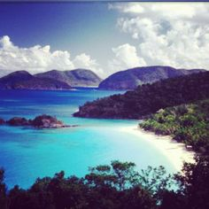 Trunk Bay on St.S Virgin Islands is home to the world famous Trunk Bay Underwater Snorkeling Trail. Trunk Bay is part of the National Park on St. Vacation Places, Vacation Destinations, Dream Vacations, Vacation Spots, Places To Travel, Wedding Destinations, Vacation Rentals, Vacation Ideas, Best Caribbean Destinations