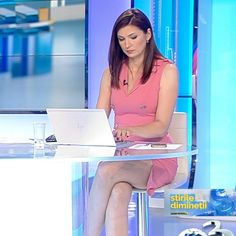 More on tvmagia.ro Beautiful Legs, Beautiful Women, News Anchor, How To Wake Up Early, Sexy, Good Looking Women, Beauty Women, Newscaster, Fine Women